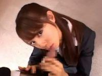 前田千春が会社面接でフェラ