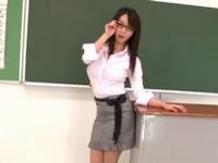 童貞生徒狩りが趣味の痴女教師