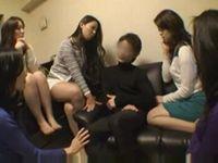 5人のアラサー痴女マダム達全員に犯される20代草食男子