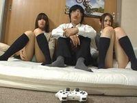 AVに興味津々な女子校生が遊びに来て視聴していたら・・・