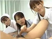 先輩に教わりながら射精処置実習する初々しい看護婦さん達