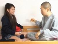 「暇やし、しよっか?」関西弁が可愛い姉貴の友人に誘われて…