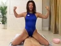 高身長巨乳のバタフライ選手のスクワットオナニー&ガチムチ肉食系SEX