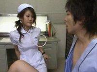 痴女ナースが白衣のまま患者と中出しセックス