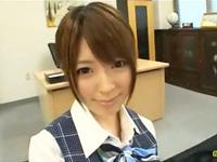 綺麗な痴女OLは同僚を誘惑しオフィスでSEXする