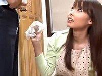 視線/パンチラ/密着!昼下がりの専業主婦がしかける欲情サイン
