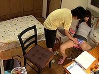 ヘンタイ美人家庭教師が教え子に性行為を強要して撮影までさせる