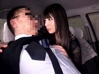 タクシー運転手を痴女って逆レイプする黒髪の美少女がエロい
