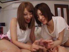 Hなイタズラするのが趣味の変態姉妹がボクをおもちゃにする