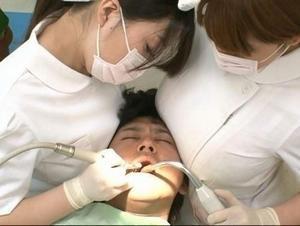 わざと巨乳を顔に当ててるのではないかと思う歯科助手がいた