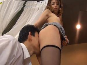 発情した美人痴女が男を漁りまくる痴女エロ動画 桜井あゆ