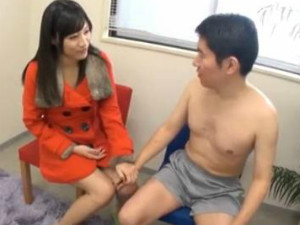 コートの下は物凄いエロい下着で早漏トレーニングをする痴女 春原未来