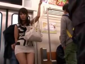 義父を誘惑して巨乳姉妹がWパイズリでチ○ポを攻めて来る 浜崎真緒 橘優花
