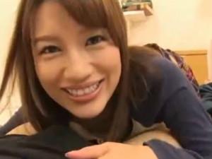 Gカップ痴女家庭教師がテストで良い点を取ったご褒美にメッチャエロい事してくれる 本田莉子