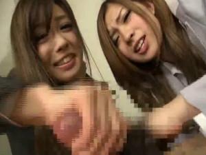 更衣室を覗いてたM男を痴女OLが2人がかりで手コキして強制射精させる 瀬名あゆむ 中川美香
