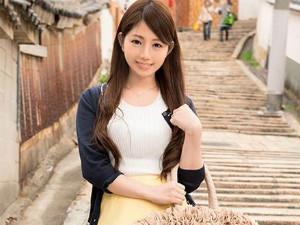大阪在住の痴女な美人な人妻がAVに出演して性欲を開放させイキまくる 高梨樹里