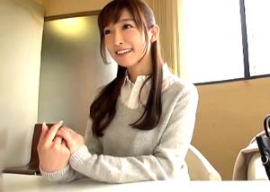 「男優さんとHしてみたい…」 35歳結婚2年目の美人妻が自分から応募してきて激しく腰を振る 松井優子