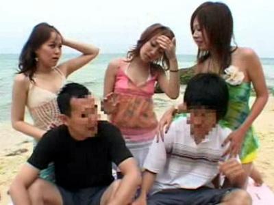 沖縄のビーチで素人男性を逆ナンパする痴女AV女優3人組 海老名優 星乃ゆめ 綾原みづほ