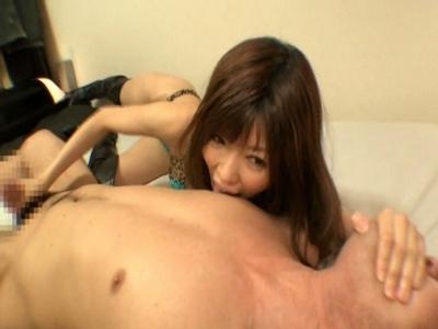 プライベートでは男を感じさせるのが好きな女優が素人M男に自宅訪問 今村美穂