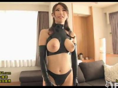 Iカップの美人痴女がエロいボンテージ衣装を着るのが似合いすぎる 篠田あゆみ