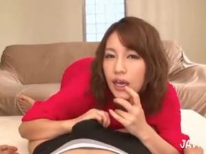 バカにしたりせずにホメてくれる淫語で痴女る爆乳お姉さんの主観痴女動画 本田莉子