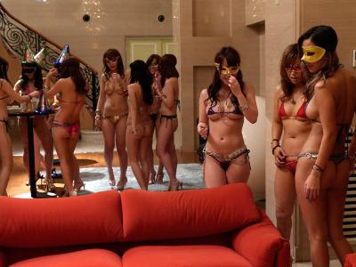 セックス依存症の淫乱痴女を集めて変態な乱交パーティが開催された模様