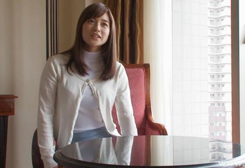 マザコン旦那のせいでずっと欲求不満の人妻がついに性欲を爆発させる時に見せるメスの顔 桐村香