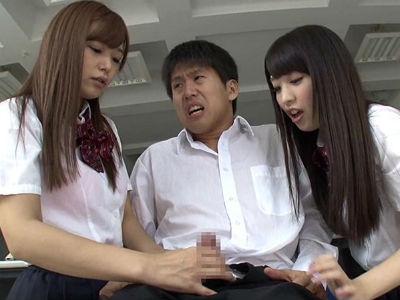 東京から転向してきた女子校生たちが田舎の草食男子を童貞狩り 阿部乃みく 紺野ひかる 桜木優希音 松浦ゆきな