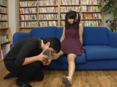 Gカップの若妻はいつもノーブラで薄着でおっぱいをはみ出し誘惑してる 夢乃あいか