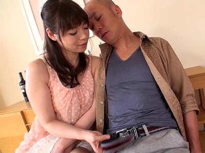 「妊娠してるから中出ししてもいいよ」兄嫁が旦那の弟を誘って痴女る 水城奈緒