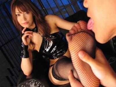 フェロモン熟女ナースの淡々とする性交治療前の陰部洗浄 翔田千里