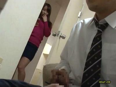 シックスナインでお互いのアソコを舐めあって大量に口内射精させる美人痴女 妃乃ひかり