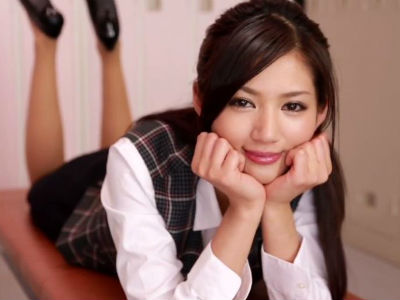疲れてる部長のおちんちんを手コキでほぐしてくれる美人OLの主観痴女動画 麻生希