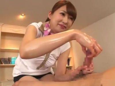 亀頭のカリ首を指にひっかけて刺激する神テクのエステティシャン 杉崎絵里奈
