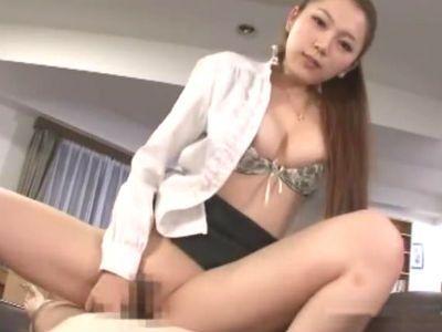 「オマンコにおちんちん入れたいって言ってごらん」社長を玩具にする痴女な秘書との変態セックス 小川あさ美