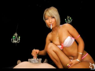 AIKA 黒ギャル痴女が煙草吸いながら見下し淫語のローション手コキの主観責め!