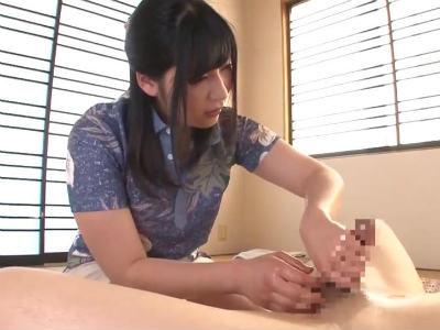 地味目なのに手コキのテクは一流なエッチなエステティシャン 川美優香