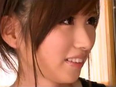 関西弁のお姉さんがディープキスしながら手コキ あやの沙希