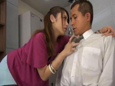 若い社長を誘惑してチンポハメさせる美痴女OL 桜井あゆ