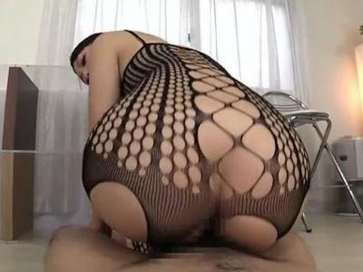 女の体をエロく見せるためだけに作られたボディストッキングで濃厚セックス 神ユキ