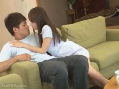 親友の彼氏を誘惑して寝取る小悪魔美少女 大沢美加