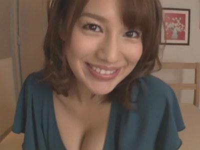 少年にエッチな事を教える巨乳でエッチなお姉さん 本田莉子
