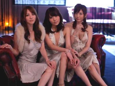 「私達のHな所見たいの?」ハイレベルな美人3人と複数プレイ 麻美ゆま 大橋未久 桜木凛