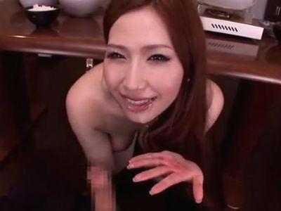 友達の家に行くと美人お姉さんがボディコン姿でボクにイタズラしてくる 佐山愛
