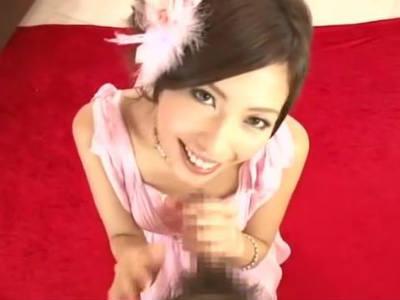 「はじめまして」来た客に即尺するスレンダーな正統派美人ソープ嬢 横山美雪