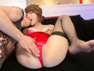エロ美尻で客を誘惑して濃厚セックスをするキャバ嬢 椎名そら