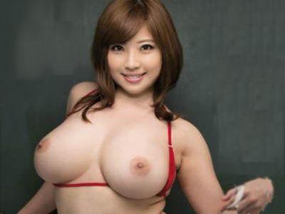 淫乱ボディで若いチンポを漁る巨乳教師 中村知恵