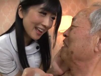 「可愛いですね。おじいちゃんは」性欲が無くなった老人すらも射精させちゃう極上美人エステティシャン 大槻ひびき