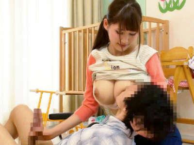 優しさ溢れる膝枕&授乳手コキ