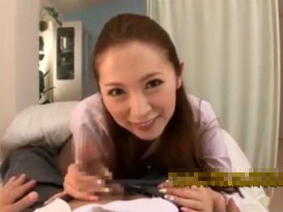 ミニスカタイトで生徒をムラムラさせたり3Pしたりするエロ女教師 小川あさ美